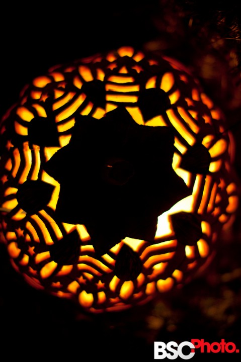 Pictures 2010 Croton on Hudson Pumkin Blaze decorative jack-o-lantern