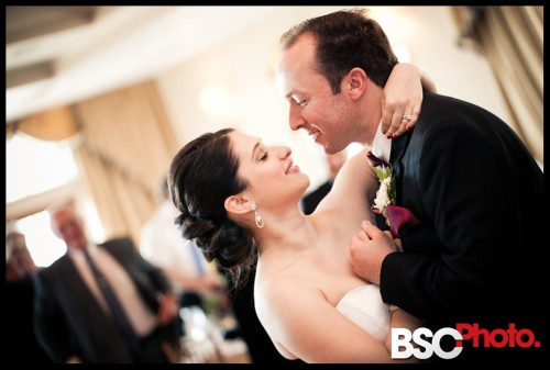 Connecticut wedding photographer captures raw emotion at the reception
