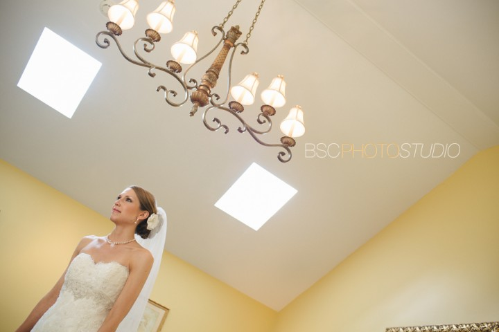 Brookfield Connecticut documentary wedding photographer Candlewood Inn bride portrait