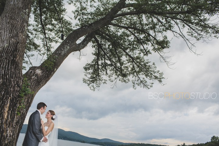 beautiful CT wedding pictures Candlewood Inn clouds and sky