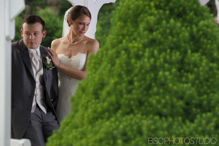 Modern beautiful CT wedding pictures Candlewood Inn fashion