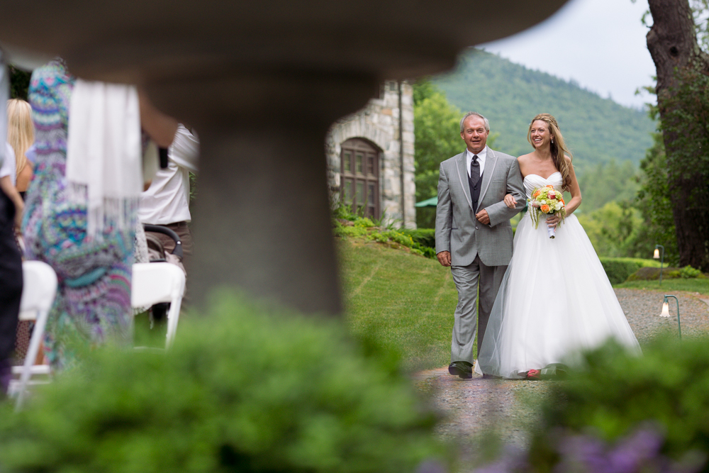 beautiful-unique-garden-Vermont-wedding-ceremony-photography_0004