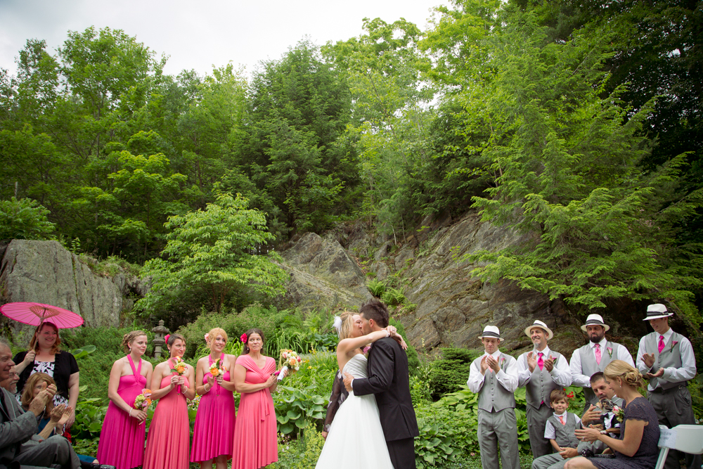beautiful-unique-garden-Vermont-wedding-ceremony-photography_0039