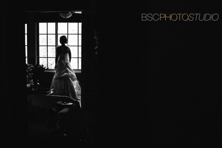 Unique Connecticut wedding photographer The Brainerd House