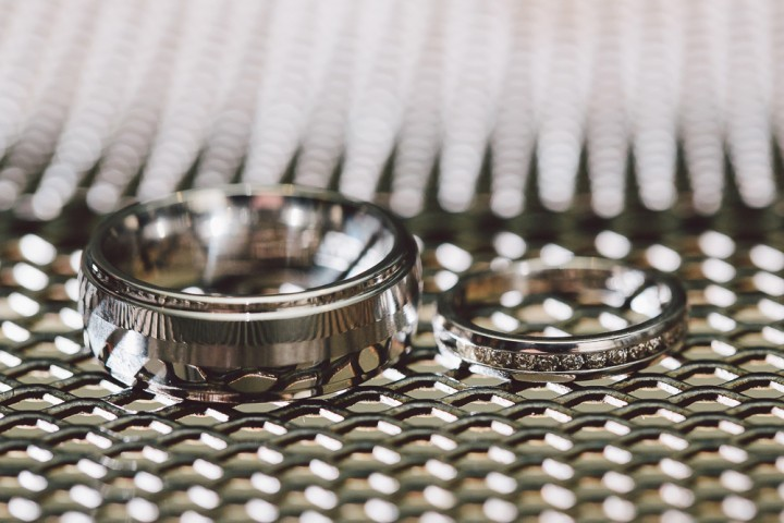Cupcake wedding ring photo