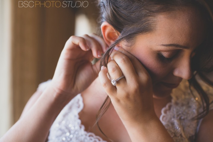 Connecticut Bride getting ready wedding photojournalism documentary photographer